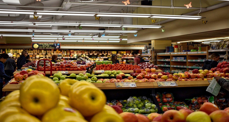 Frutta e verdura nei supermercati Coop in Inghilterra