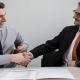 Colloquio lavoro - due uomini parlano