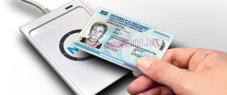 Carta d'identità elettronica italiana estero